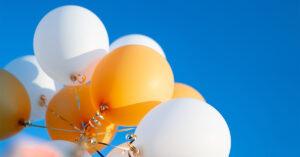 Balone im Himmel